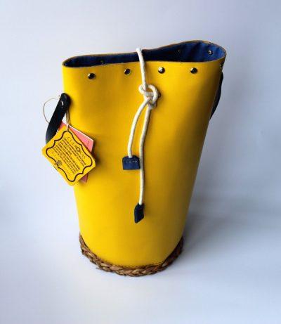 Saco cilindro amarillo