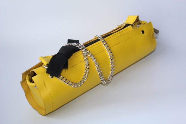 bolso tubular amarillo