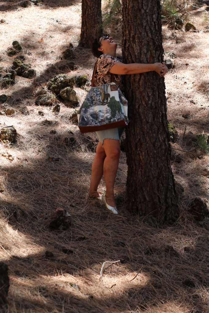 bolsos sostenibles en algodon organico y piel